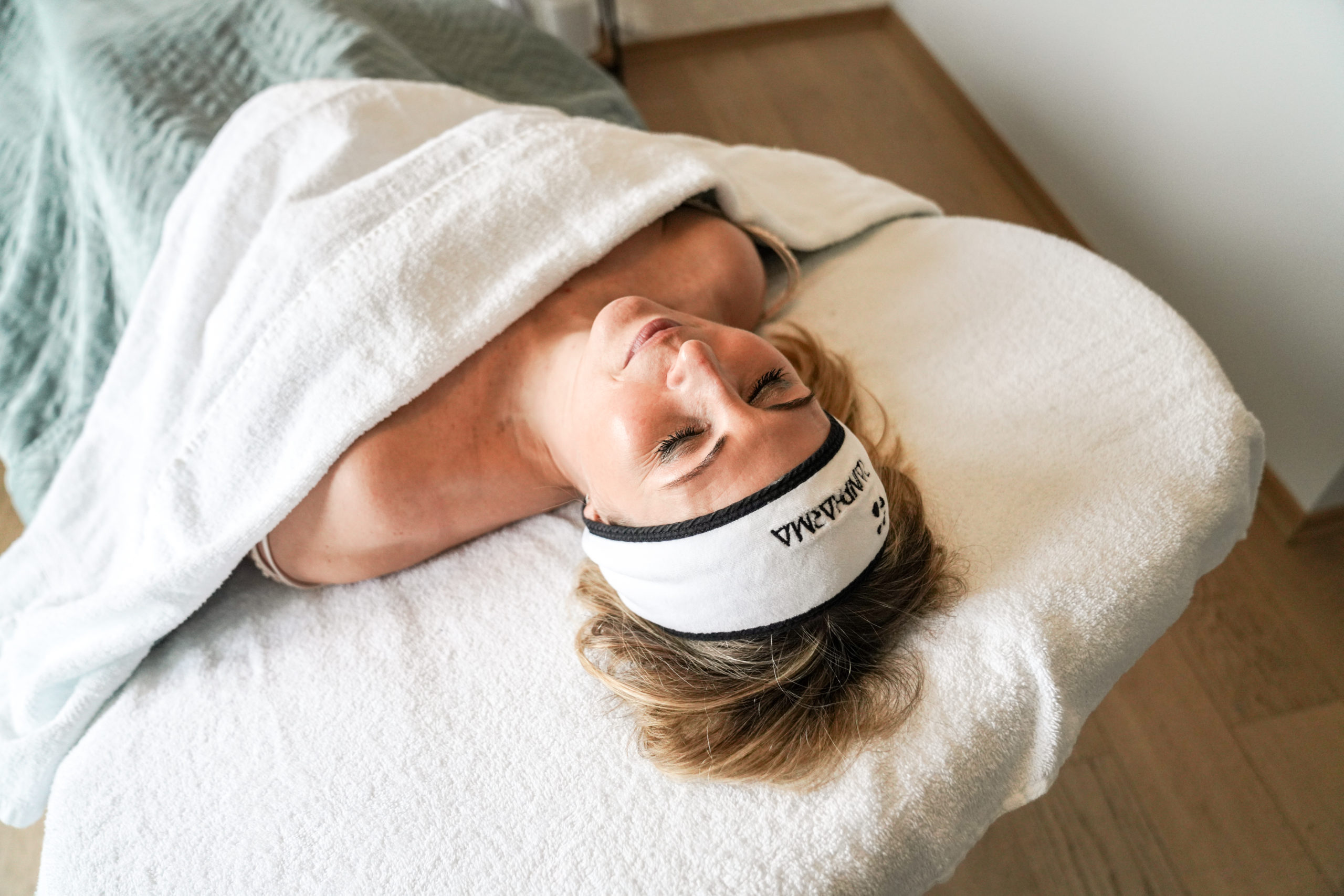 massage skin body affair